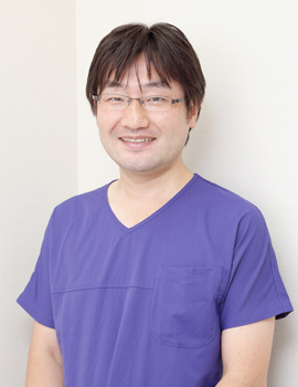 院長:成川昌隆(歯学博士)
